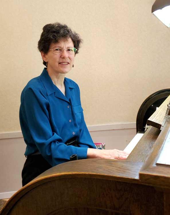 Joyce-Hopkins-Organist